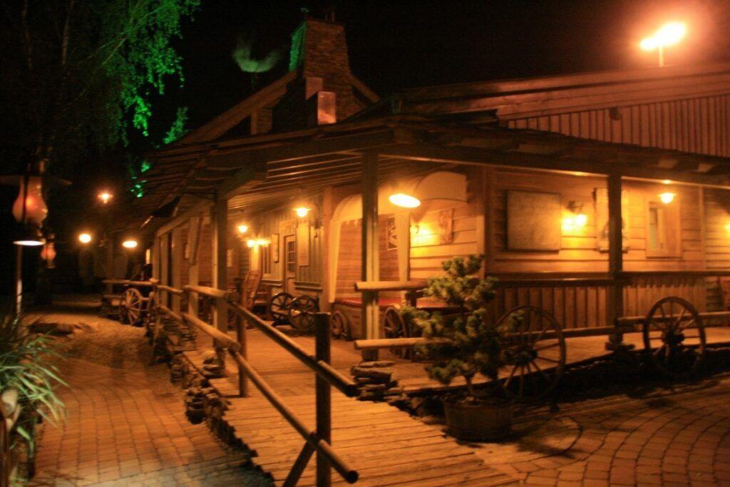 campeggio di sera