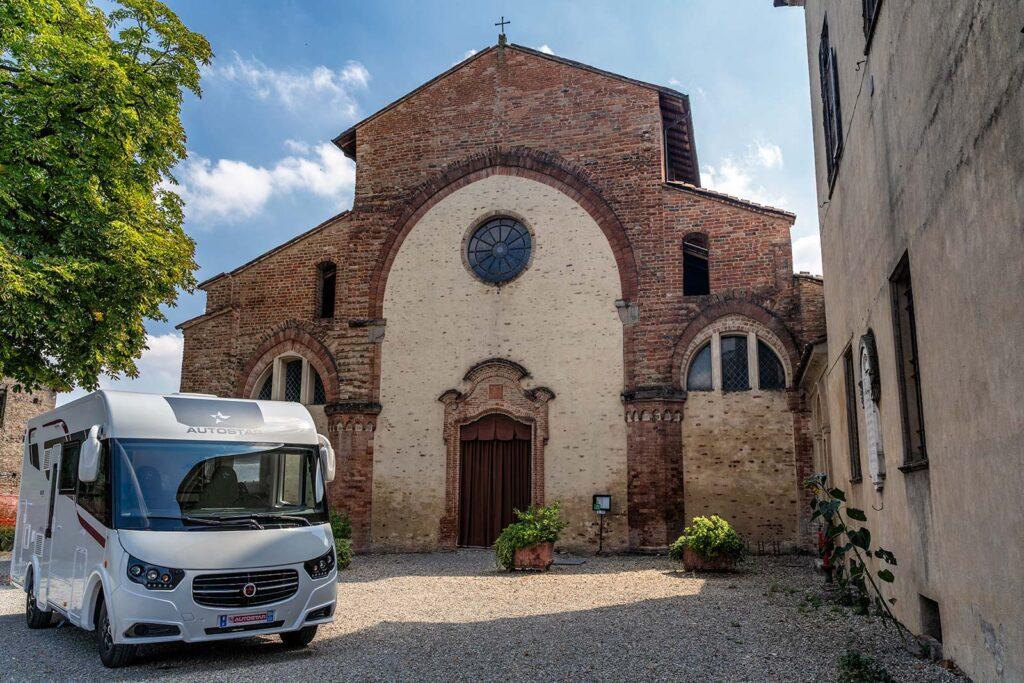 Autostar in abbazia