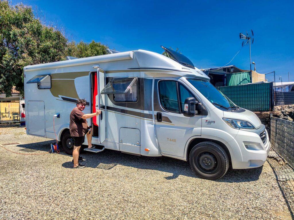 Carado T448 al camping Jonio