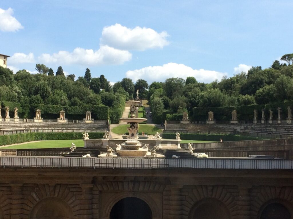 giardini di boboli da palazzo pitti