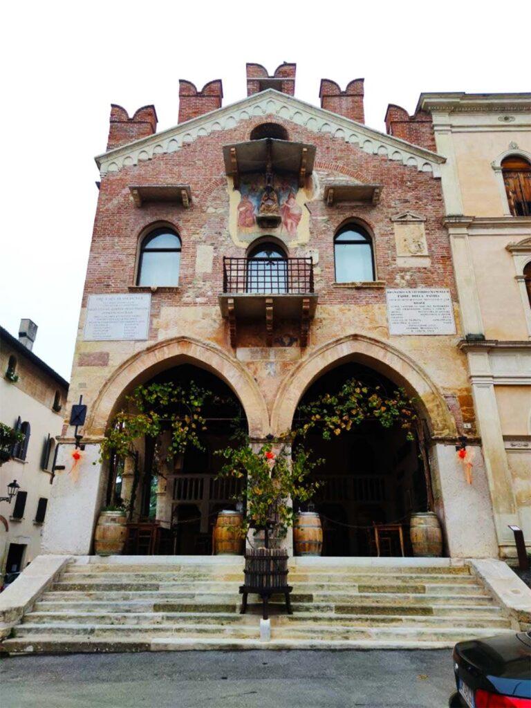 Il bellissimo Palazzo di Giustizia
